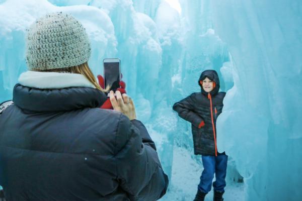 So bringst Du Dein Smartphone sicher durch den Winter